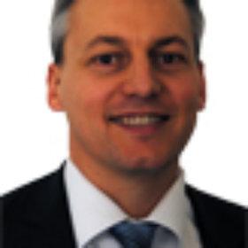 Gérald, gérant, directeur du pôle ouvrages dans les travaux fluviaux et maritimes